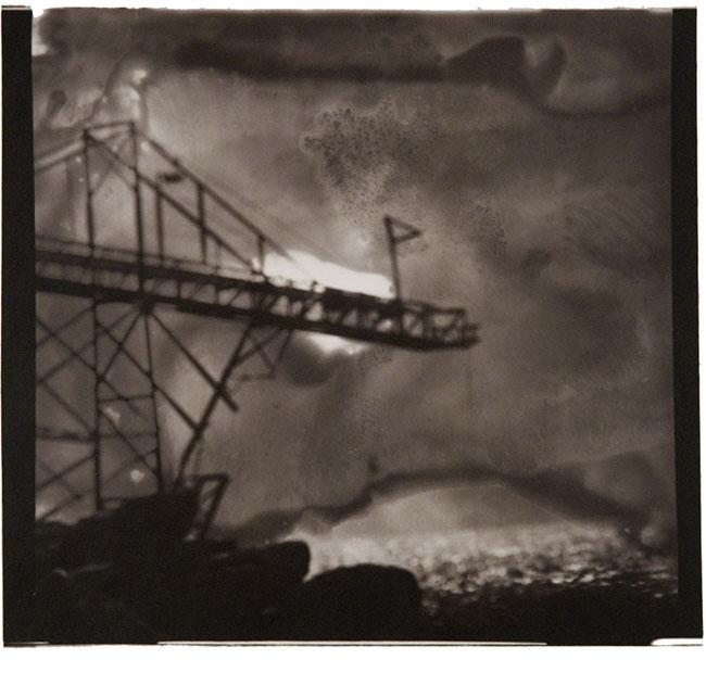 "Scaffolding, San Felipe, Mexico, 1995, toned gelatin silver print, 8 5/8 x 9 1/2"", edition 3/25"