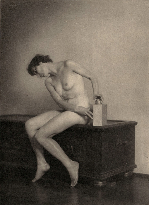 """Jozef Pesci, Nude, 1922, hand-pulled photogravure, 6 5/8 x 4 5/8"""""""